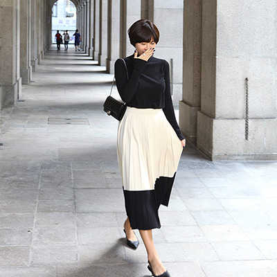 CEL wool pleats skirt